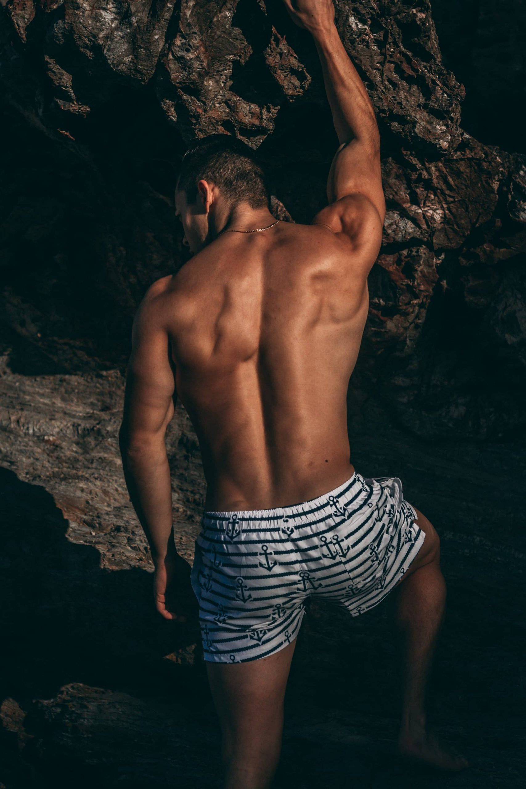 thigh and buttock lift for men london, essex, kent
