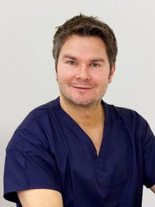 Onur Gilleard consultant plastic surgeon